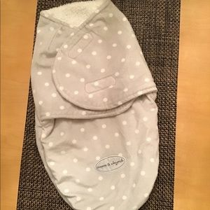Blankets and Beyond Swaddle NWOT